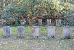 Grabfeld in der Nähe des Hochkreuzes