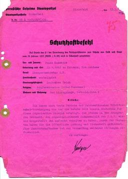 Der Schutzhaftbefehl gegen Franz Kusserow von der Preußischen Geheimen Staatspolizei vom 13.Mai 1936 führte zu seiner ersten Verhaftung. Jehovas Zeugen, Archiv Zentraleuropa