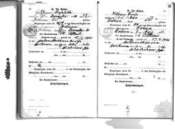 Familien-Stammbuch der Familie Kusserow, S. 10: Eintrag der Geburt der Tochter Hildegard am 24. Dezember 1920 in Bochum; S. 11: Eintrag der Geburt des Sohnes Wolfgang am 1. März 1922 in Bochum. Jehovas Zeugen, Archiv Zentraleuropa